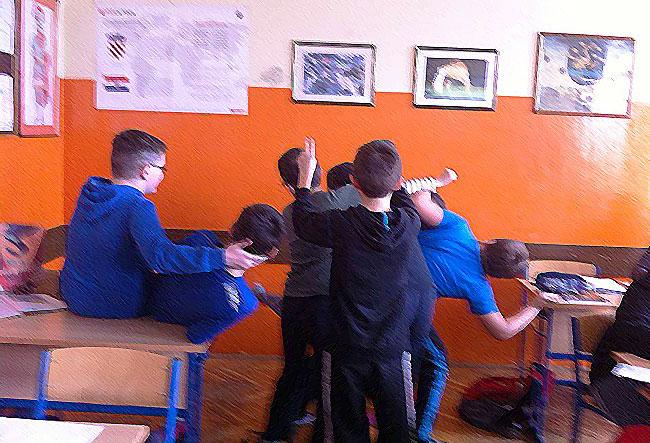 Neprimjereno ponašanje učenika u razredu