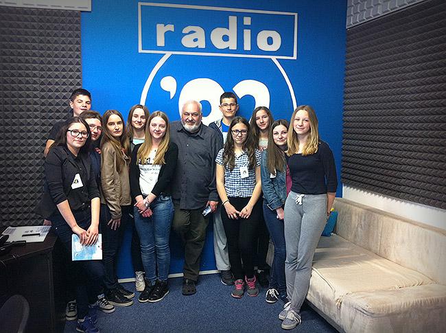 Mladi novinari u posjetu Radiju 92FM
